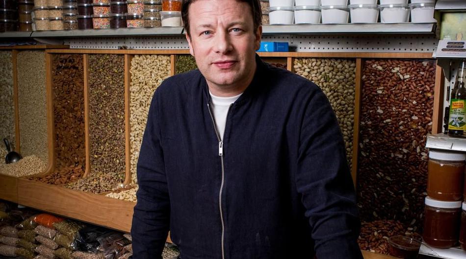 Neobična, ali uspješna dijeta Jamiea Olivera – smršavio je 12 kilograma u kratkom periodu!