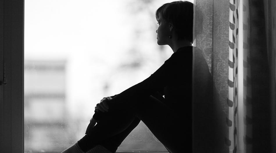 Ne, nisi sama! Djevojčica koju su sedmorica mladića silovali godinu dana mora to znati. Iako joj sustav šalje suprotnu poruku