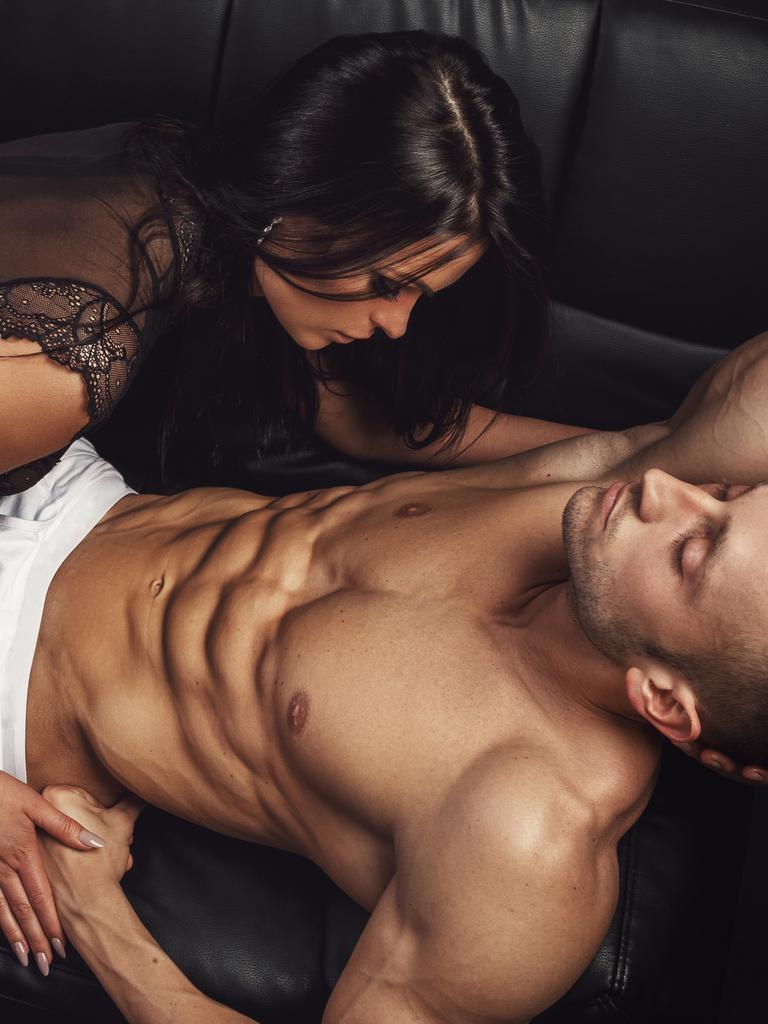 ženski bodybuilder analni seks