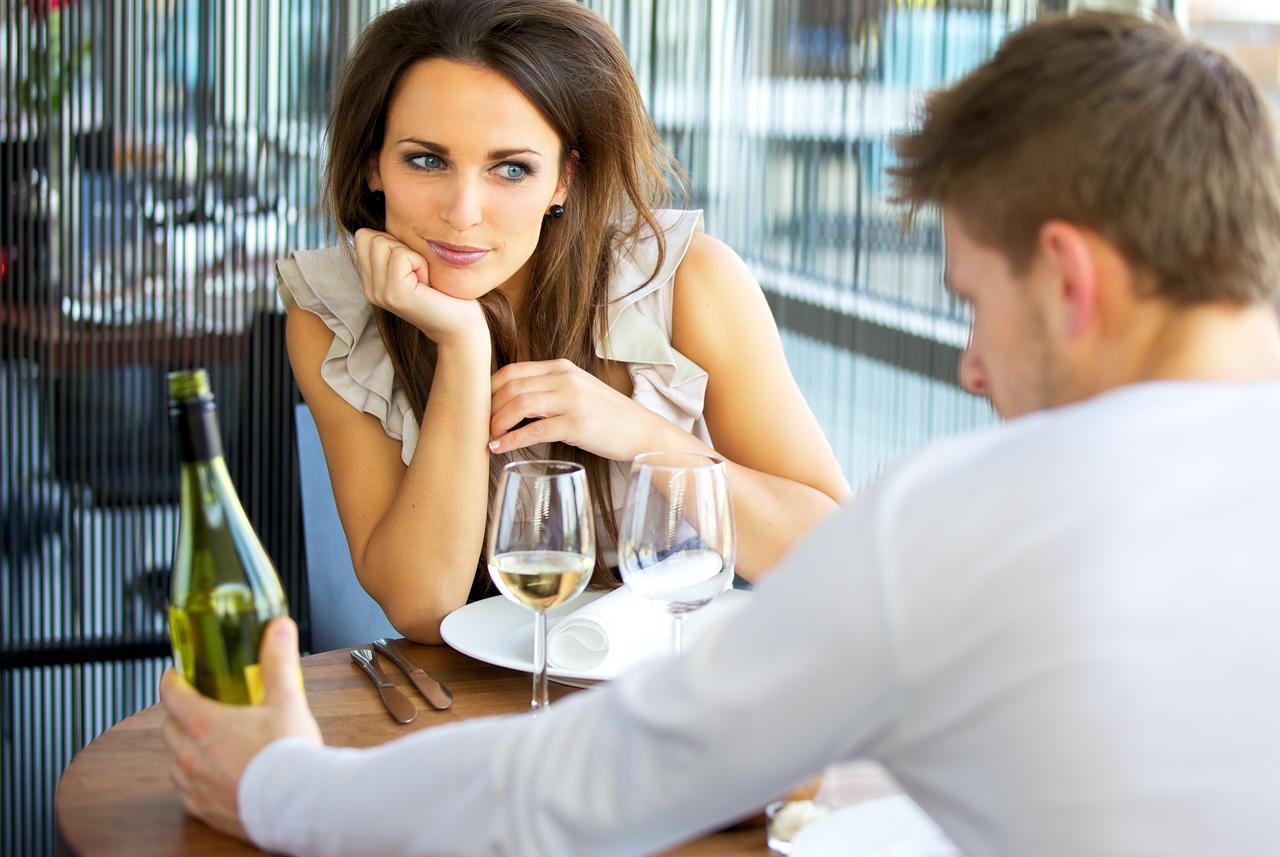 izlazak s oženjenim muškarcem